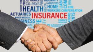 jak inwestować w spółki ubezpieczeniowe